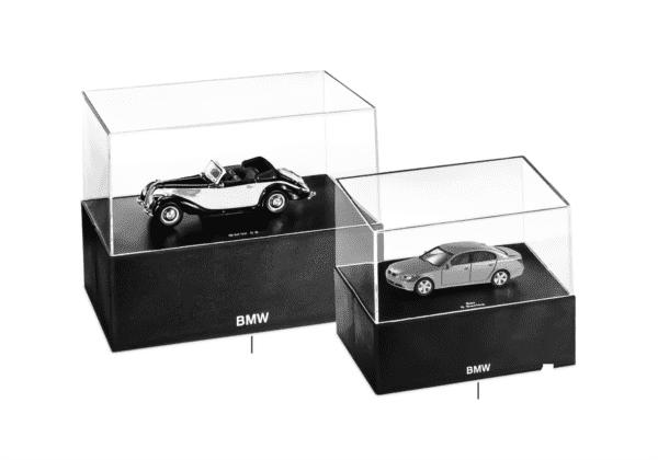 BMW Miniaturen — Vitrinenhaube 2010/11